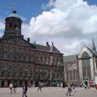 dam-square-amsterdam-photo