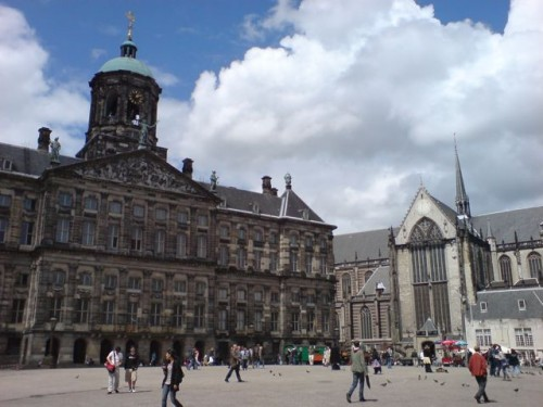 dam-square-amsterdam-photo
