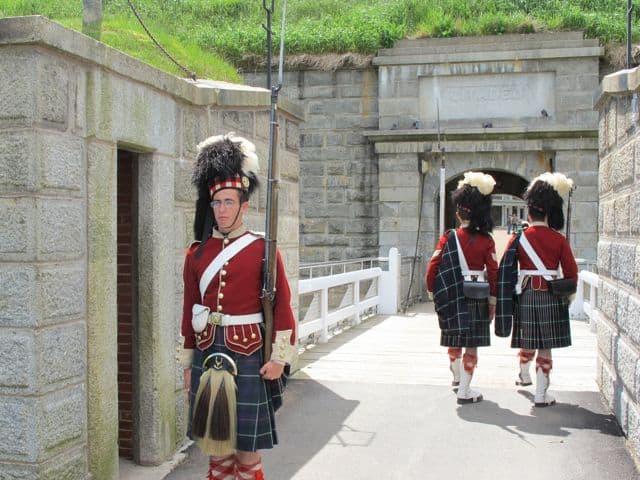 guards-halifax-citadel-photo