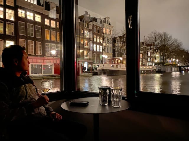 amsterdam houseboat view