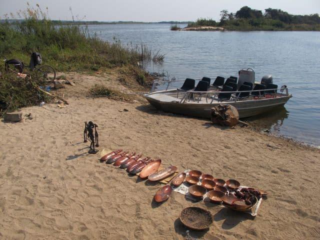 zambezi-river-boat-photo