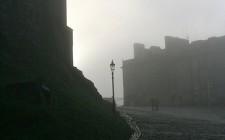 Edinburgh Castle on a foggy day (image courtesy of Jojo)