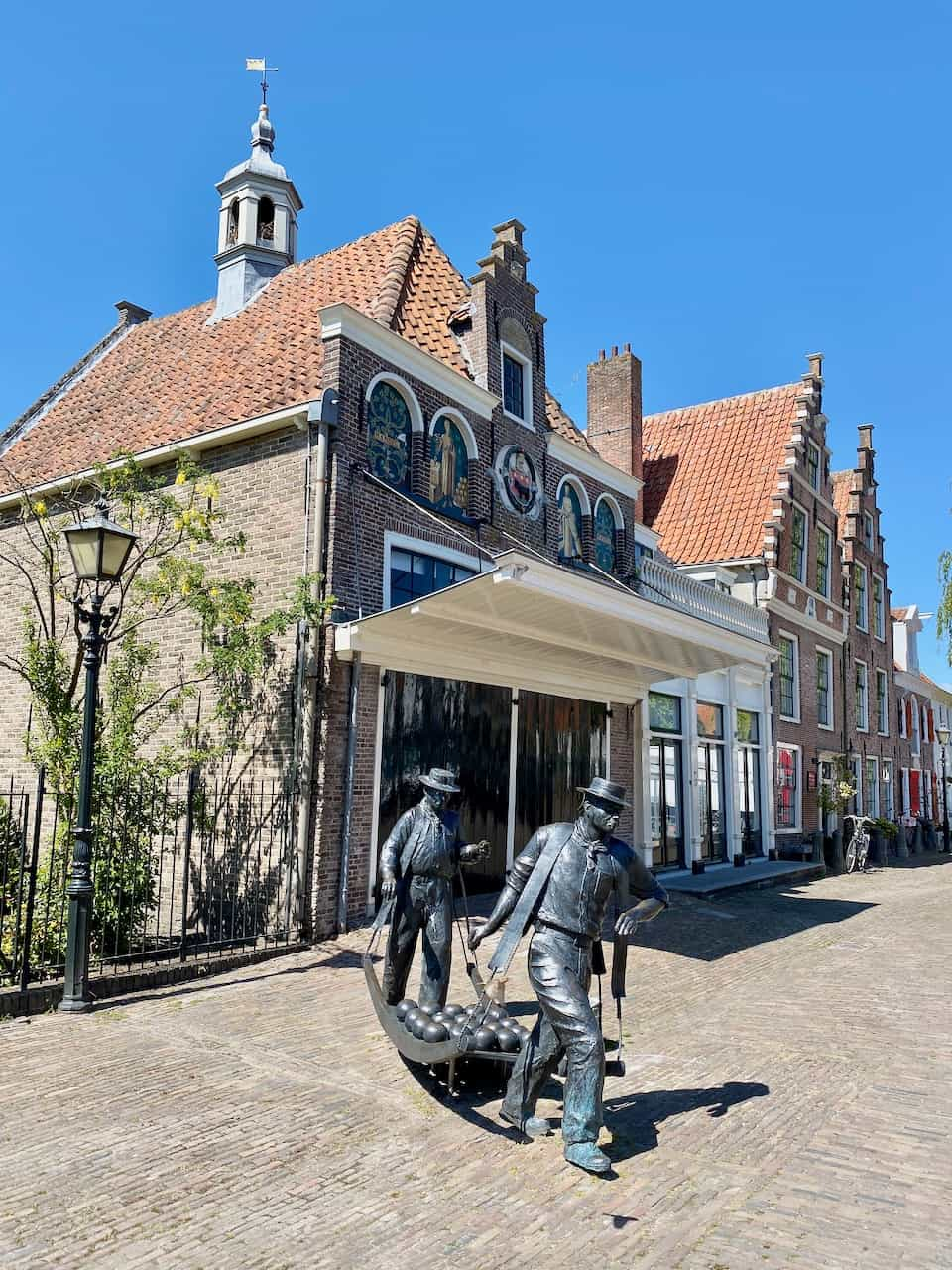 cheese-market-edam-photo