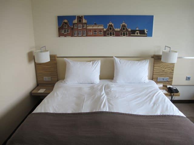 movenpick-hotel-amsterdam-room-photo