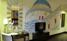hotel-indigo-tower-hill-mural-photo
