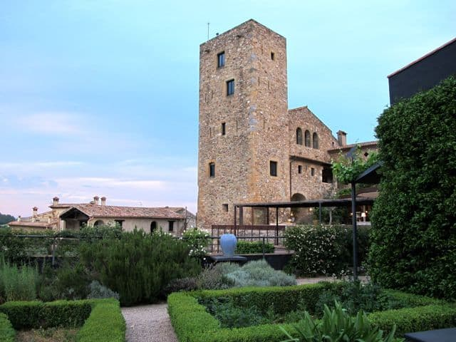 castell-d-emporda-gardens-tower-photo