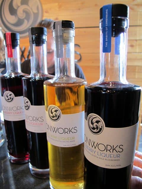 irownworks-liquer-photo