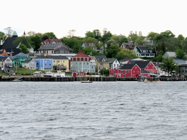 lunenburg-nova-scotia-photo