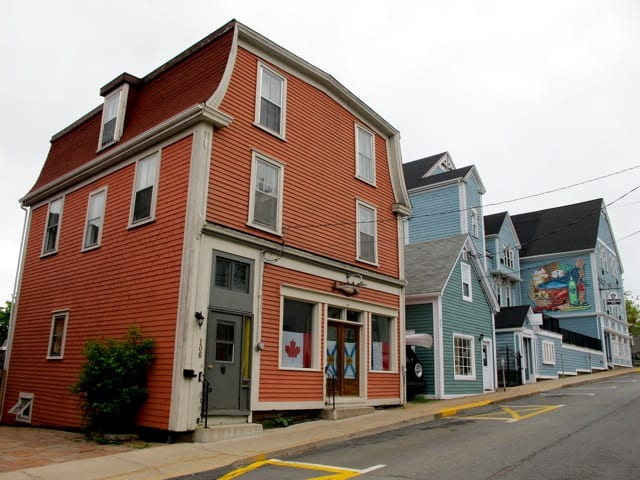lunenburg-buildings-photo