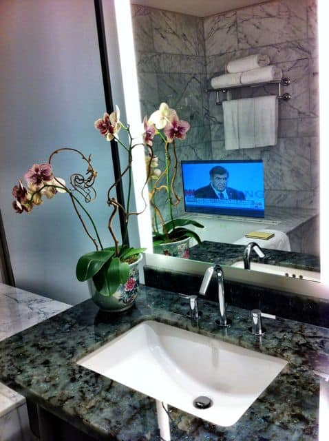 shangri-la-toronto-bathroom-tv-photo