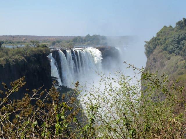 victoria-falls-glimpse-photo