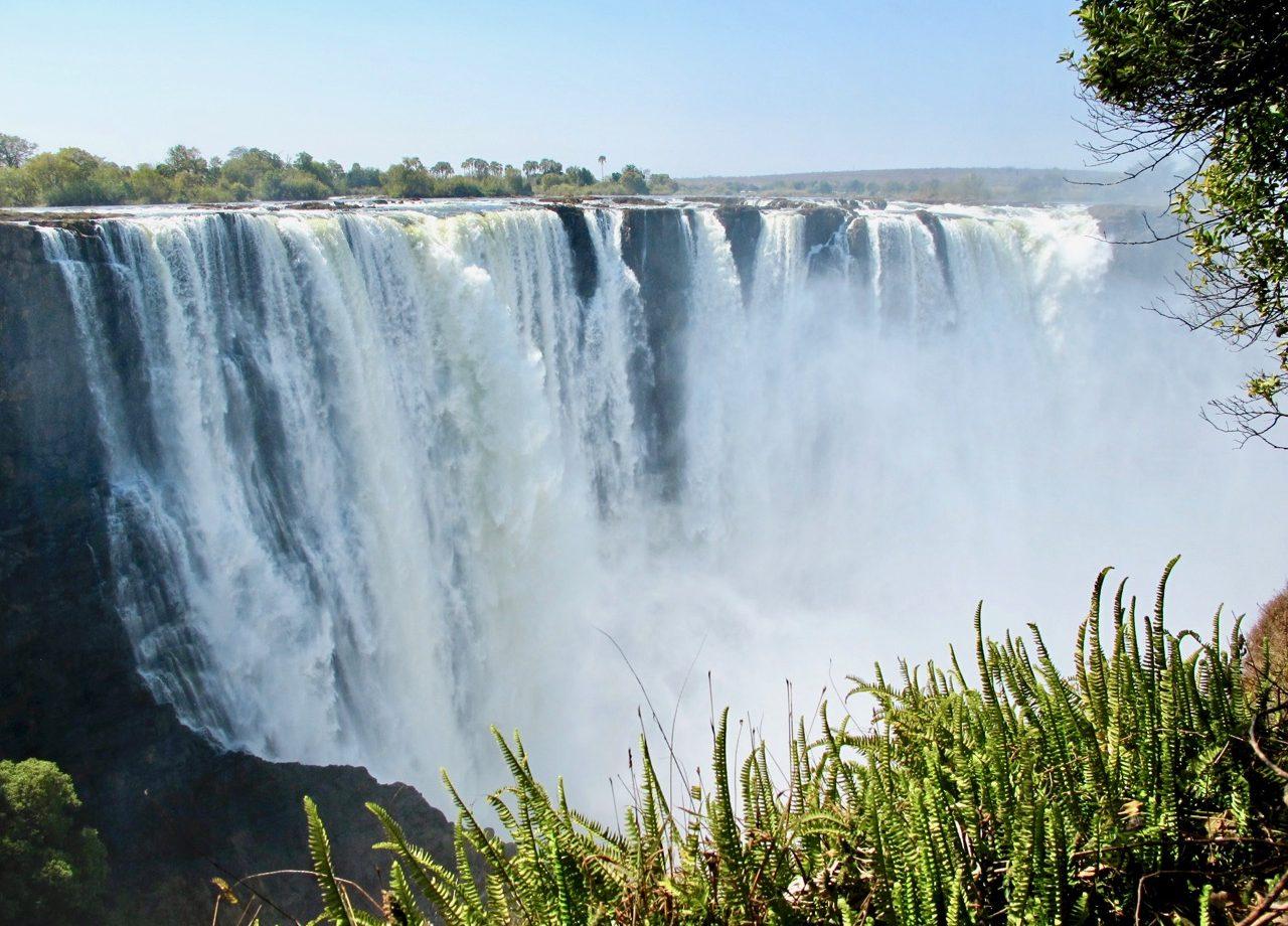 victoria-falls-zimbabwe-photo