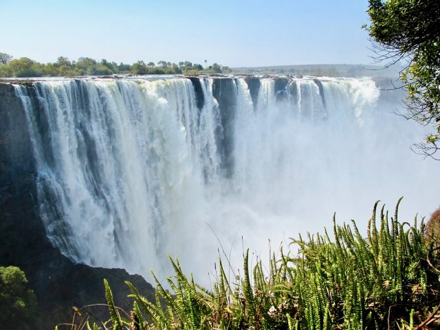 victoria-falls-zimbabwe-photo