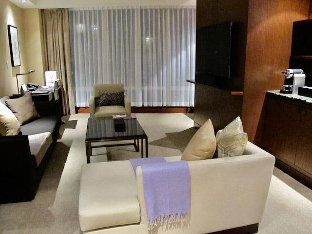 shangri-la-toronto-suite-photo