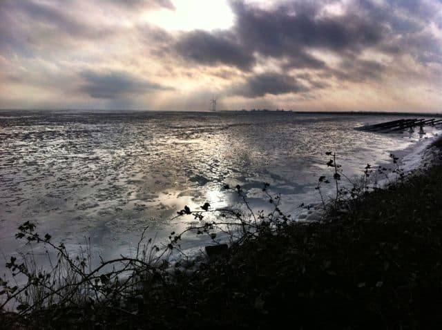 markermeer-sky-frozen-photo