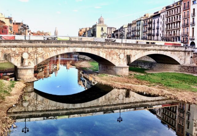 onyar-girona-reflections-photo