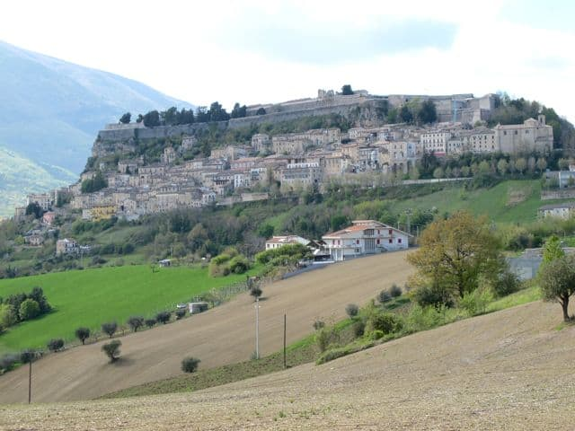 civitella-del-tronto-photo