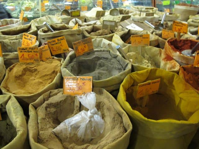 arab-quarter-marseille-spices-photo