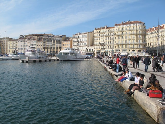 marseille-vieux-port-locals-photo