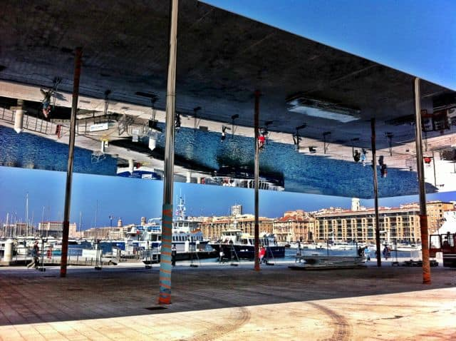 marseille-vieux-port-mirror-photo