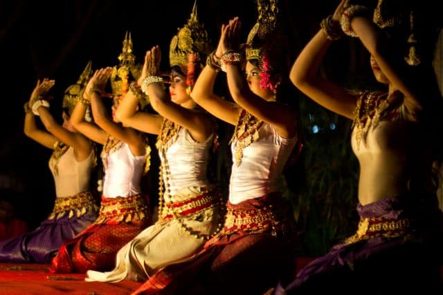 cambodian-dancers-photo