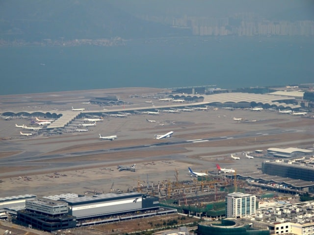 Hong-Kong-International-Airport-photo