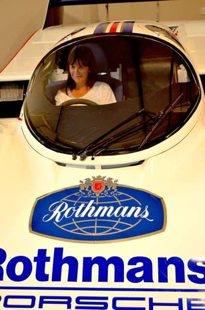 Rothmans_Porsche-956C-photo