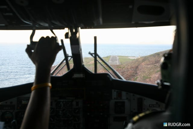 saba-airport-landing-photo