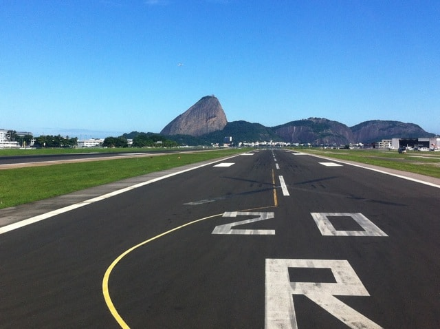 runway-santos-dumont-airport-rio-photo
