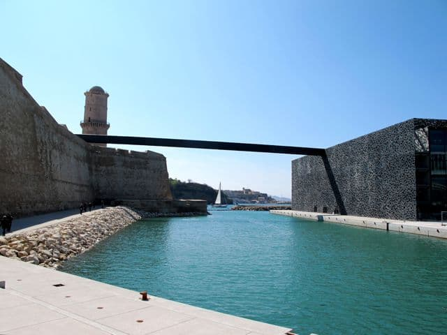 A bridge connects Fort Saint Jean to the MuCEM.