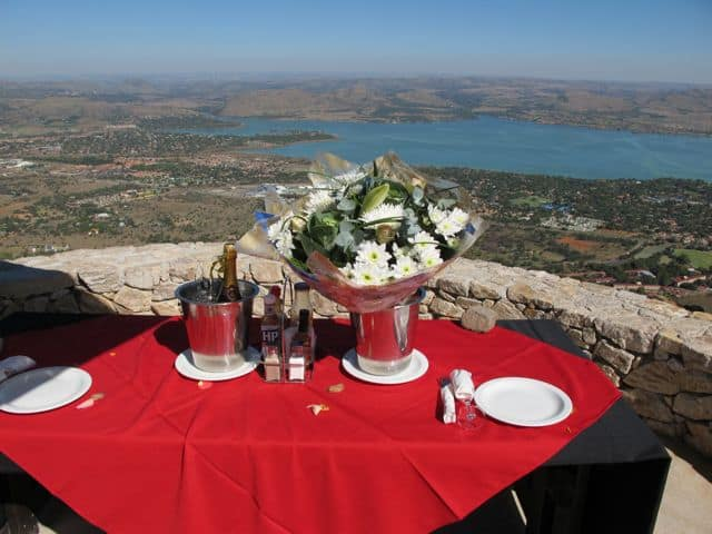 romantic-lunch-magaliesberg-hartbeespoort-photo