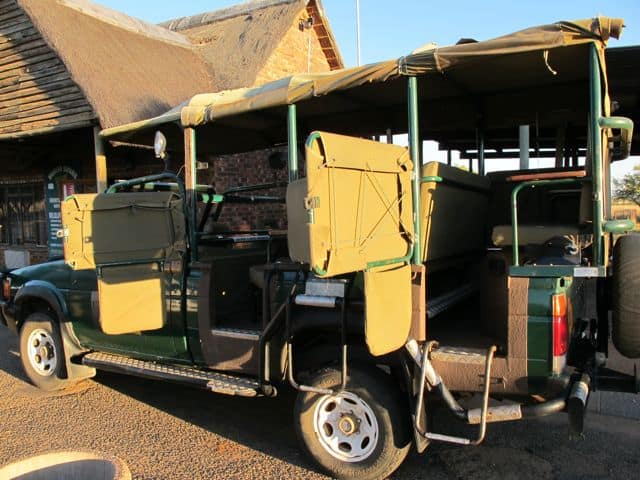 pilanesberg-safari-jeep-photo