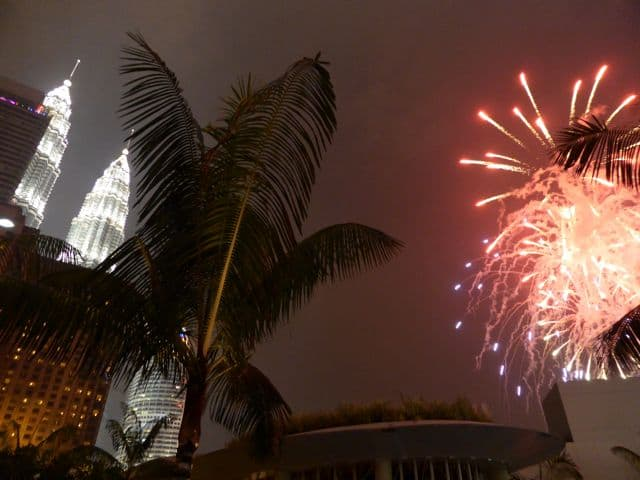 grand-hyatt-kl-fireworks-photo