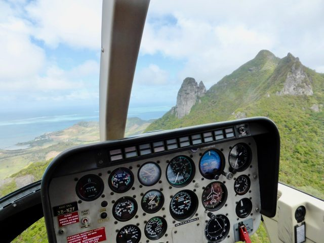 helicopter-tour-mauritius-photo