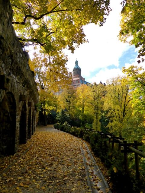 ksiaz-castle-poland-autumn-photo
