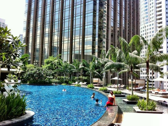 grand-hyatt-kl-pool-photo