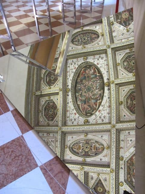 castell-estense-ferrara-ceiling-photo