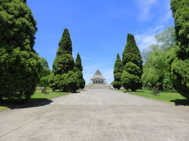shrine-of-remembrance-melbourne-photo
