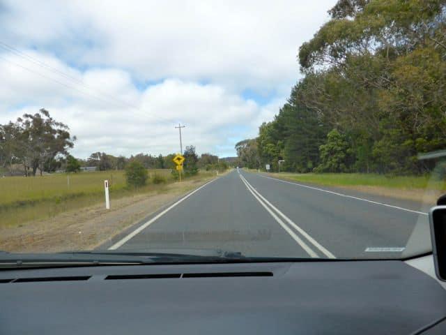 driving-in-australia-photo