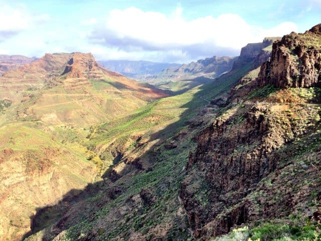 gran-canaria-mountains-photo