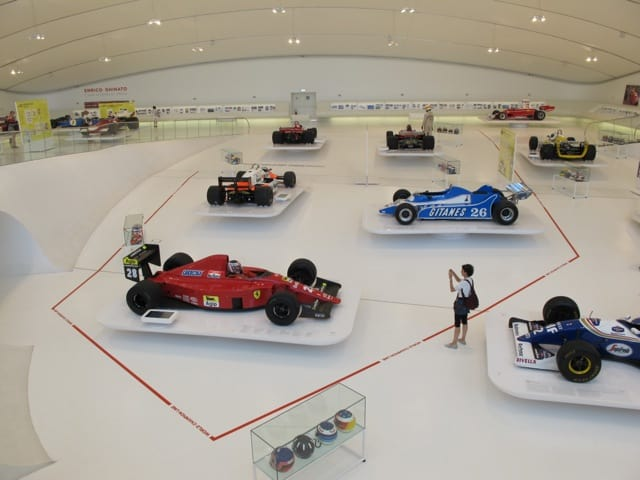 enzo-ferrari-museum-photo