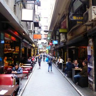 degraves-street-melbourne-photo