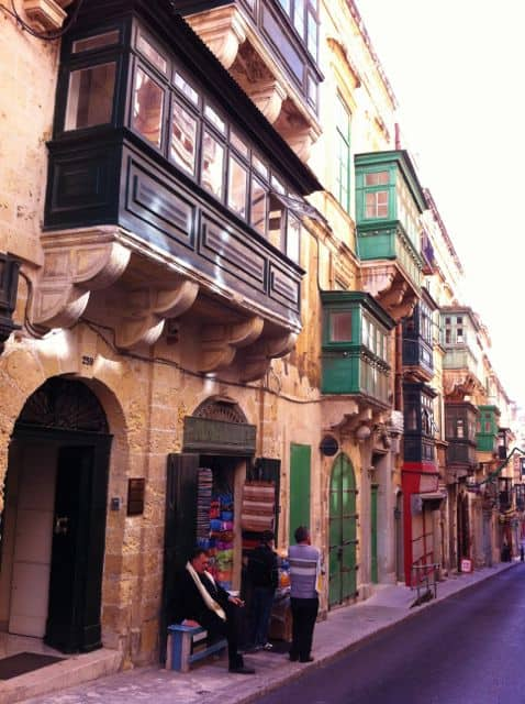 valletta-street-balconies-photo