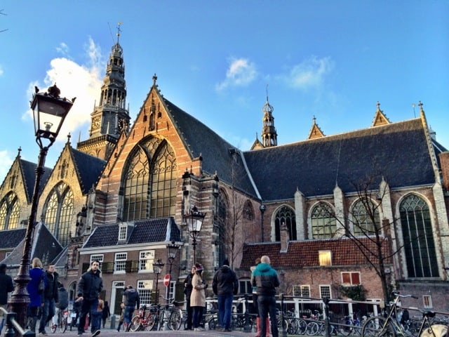 Velvet moments: travel photo – Old Church, Amsterdam