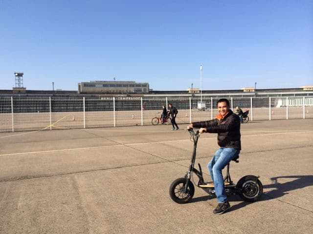 electric-scooter-tempelhof-park-berlin-photo