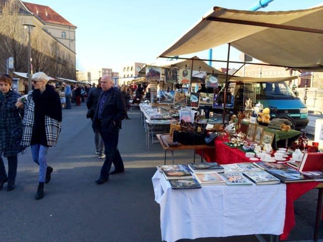 flea-market-berlin-photo