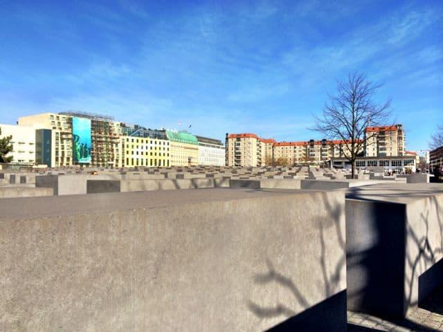 holocaust-memorial-berlin-photo