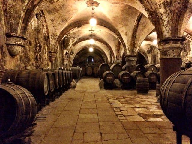 wine-celler-eberbach-abbey-photo