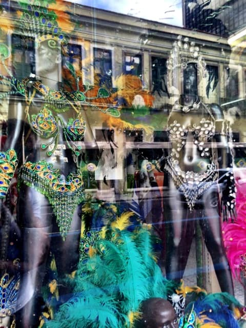 samba-costume-store-rio-photo