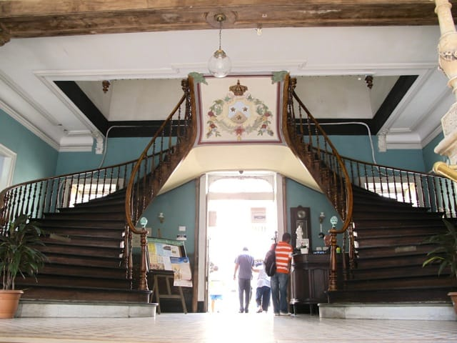 staircase-hospital-rio-photo